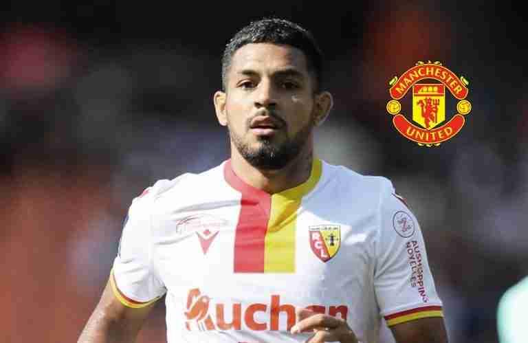 Facundo-Medina-menjadi-perhatian-United